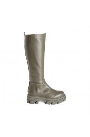 Mana Boot